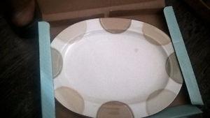 Noritake Ambience Mocha Java 14-Inch Oval Platter - New