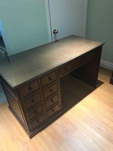 Solid Wood Desk!!!