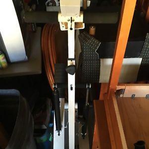 Voyageur Eliptical Machine for SALe