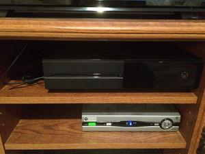Xbox One (6 games +2 controllers)