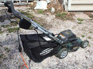 Barely Used Yardworks 3 12 Pound Axe 20 Posot Class