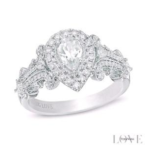 Beautiful Vera Wang Love collection Engagement ring
