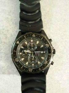 CASIO - quartz watch w/ date + stop watch
