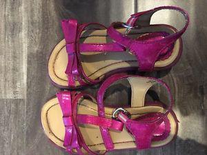 Children's place sandals size 8