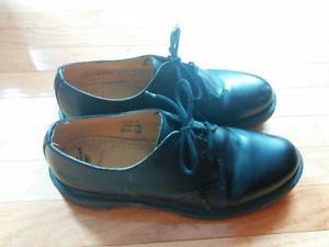 "Dr (""Doc"") Martens men's size 11 US brown leather shoes"