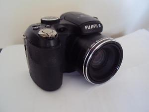 FUJI S Digital Camera With Case and Tripod