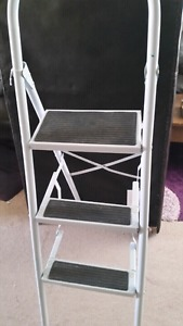 Folding Step Ladder In great shape They sell new for 45 with