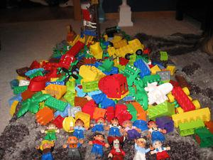 Large lot of duplos toys with 12 duplos Characters