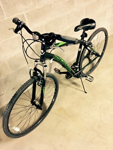 NAKAMURA HYBRID BIKE - 700c X 38c - LESS THAN ONE YEAR OLD