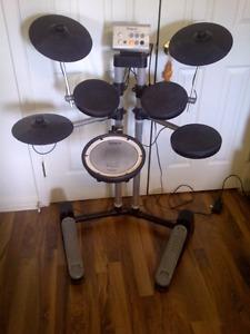 Roland 7 piece drum set