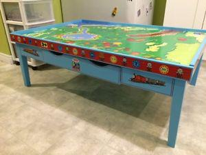 Thomas The Tank Engine Table