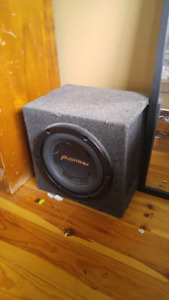 """10"""" subwoofer and 600w sonyxplode amp"""