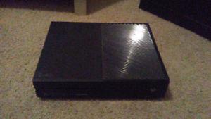 1TB Xbox One w. Controller + Headset