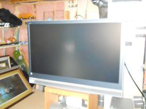 55 INCH SONY GRAND VEGA MINT BUT NO PICTURE