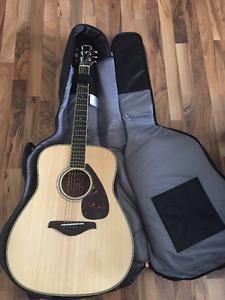 Acoustic Yamaha FG720S + Softshell case