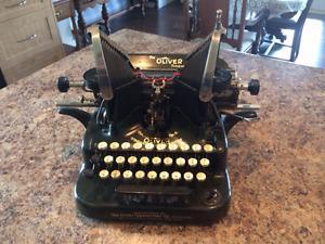 Antique  Oliver No.5 Standard Visible Typewriter