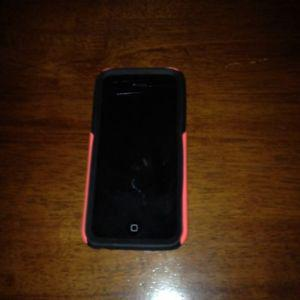 Apple iphone 5c for sale with otter box only 130$