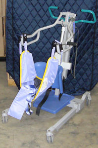 Arjo Sara  Sit to Stand Patient Lift Excellent Condition