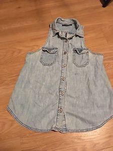 """""""Brandy Melville"""" Jeans Vest"""