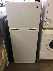 Ge apartment size fridge