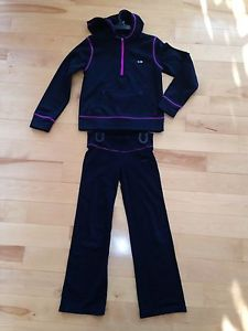 Girl's Champion 2 pcs outfit size small