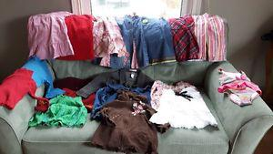 Girls size 3, 18 pieces for 10$. all in excellent condition