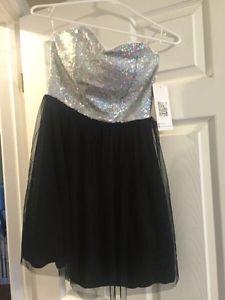 Junior prom dress