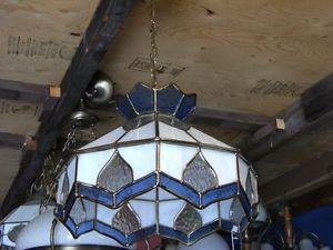 Lampe de plafond en vitrail