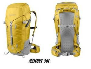Mammut Spindrift Light 30 Back Pack- salamander Like New