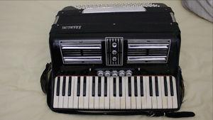 Used Francini Accordion [Case Incl.]