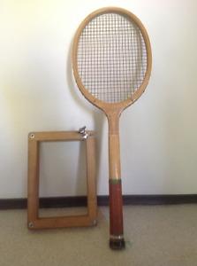 Vintage s 0r s Court Flyer Wooden Tennis Racket
