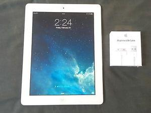 Apple iPad 2 16GB White tablet with brand new charger cable