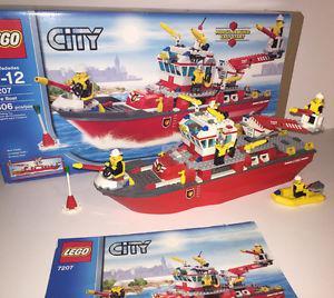 LEGO CITY FIRE BOAT ()
