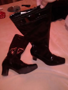 Selling black leather high heel boots!