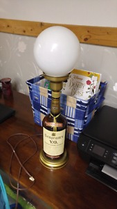 Vintage Seagrams bottle lamp in great condition.