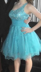 Wanted: Short prom dress
