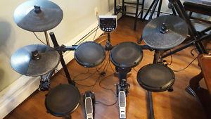 Alesis DM6 electronic drumset