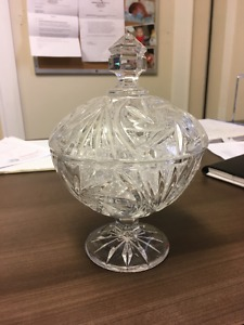 Beautiful Crystal Candy Bowl with lid. Perfect Condition