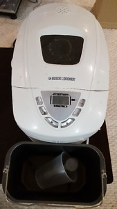 Electric Bread Maker from Black and Decker