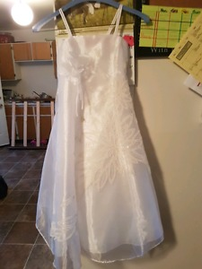 Girls size 6 flower girl dress