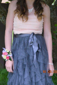 Size 3 junior prom dress
