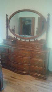 Solid wood 5 piece bedroom set. Sklar-Peppler Canadian made.