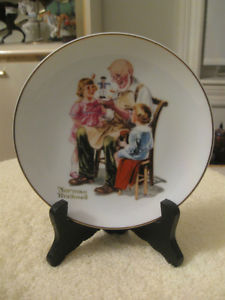 """ADORABLE 6.5"""" """"NORMAN ROCKWELL"""" DECORATIVE COLLECTOR'S PLATE"""