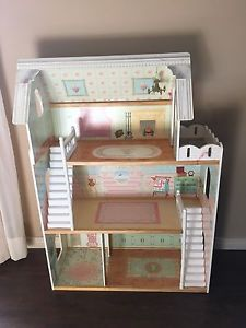 Amazing deal on this Barbie / doll house!