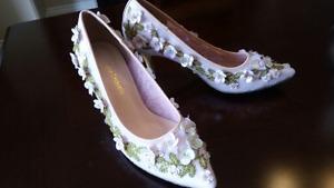 Designer beaded shoes, light pink, size