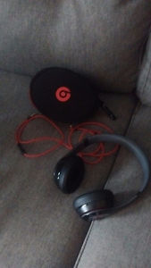 Dre beats solo 3 wireless headphones.$150