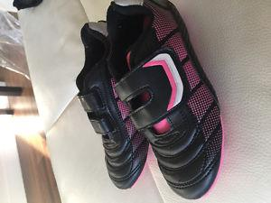 Girls Soccer Shoes Size 13