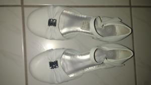 Girls white shoes size 3