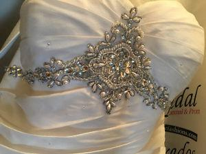 Gorgeous size 12 wedding dress