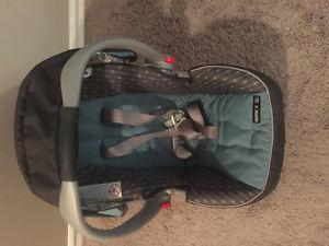 Graco Infant Car Seat and Stroller System
